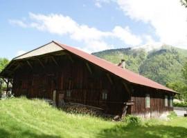 Rare central farmhouse