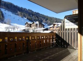 Apartment at foot of pistes